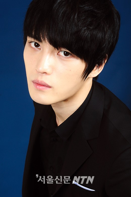 chinese netizens select jaejoong as most handsome asian